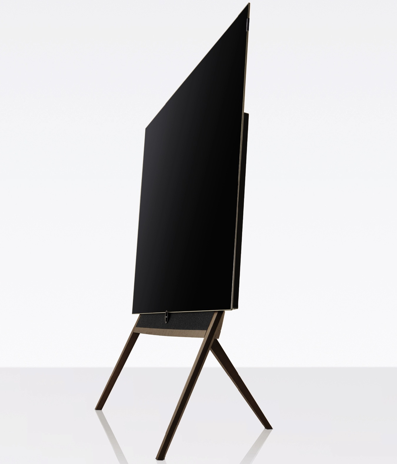 loewe bild oled mit lautsprecher floorstand silver oak. Black Bedroom Furniture Sets. Home Design Ideas