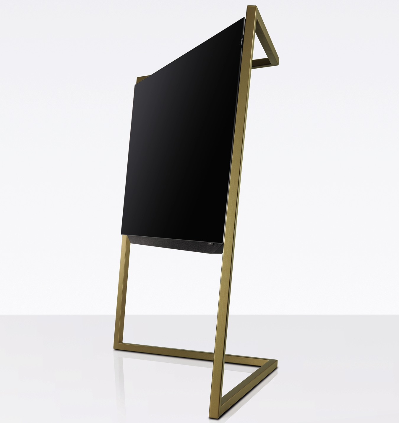 loewe bild mit floorstand amber gold fernseher. Black Bedroom Furniture Sets. Home Design Ideas